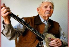 World's Fastest Banjo Player Coming To Fargo To Do Free Banjo Workshops