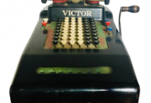 After Iowa Caucus App Fails, Iowa Dems Using 1920's Adding Machine To Try And Calculate The Victor