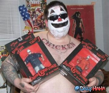 ALERT! ICP Fan With White Paint Giving Underage Large Women Alcohol.