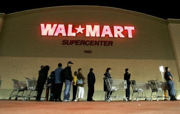 Crappy Christmas gift return lines already forming outside Wal Mart