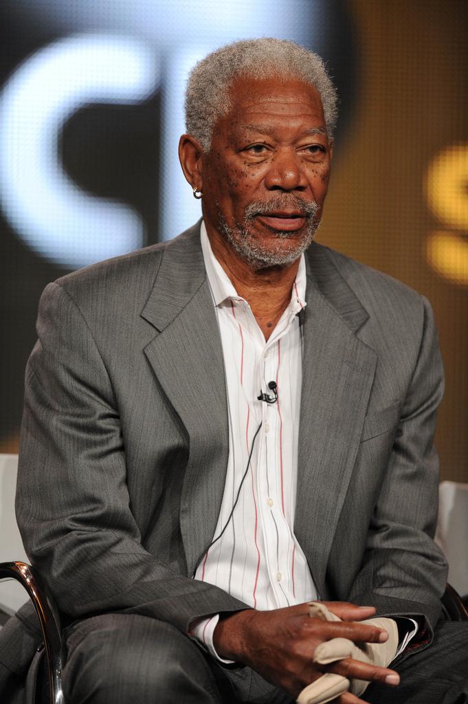 Morgan Freeman dies, makes statement about Newtown shooting