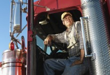 """Local Trucker Inducted Into Guinness Book Of World Records For Saying """"Bullshit"""" 312 Times In One Hour"""