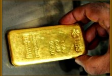 Funny Looking Man Finds Bar Of Gold In Red River