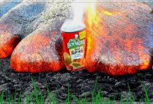 Hawaiian Officials Warning People That Hot Lava Is Very Hot