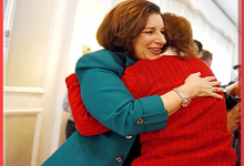 Amy Klobuchar Wrestles Woman To Ground After Being Attacked